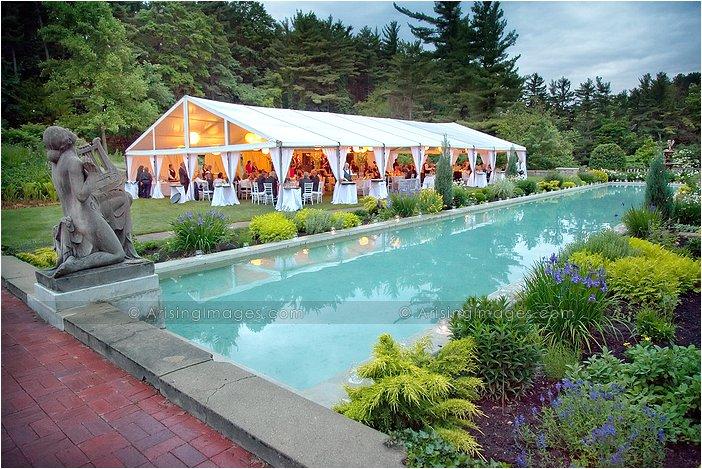 Michigan wedding photographers for cranbrook house for Garden pool wedding