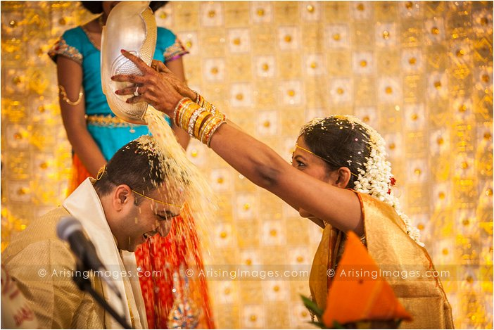 wedding photographer at bharatiya temple