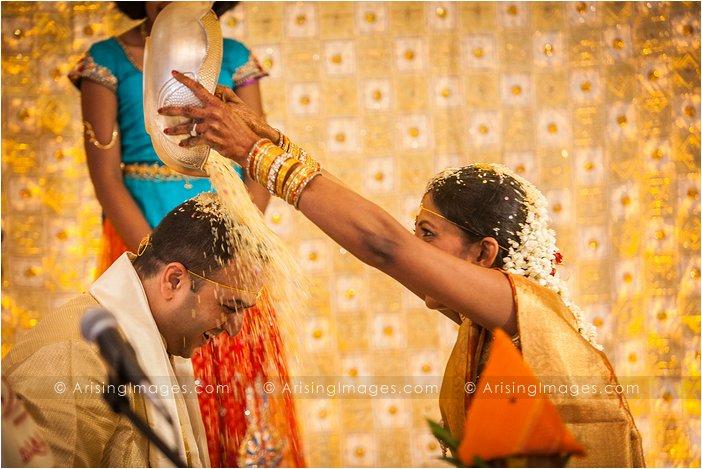 wedding photographer at bharatiya temple