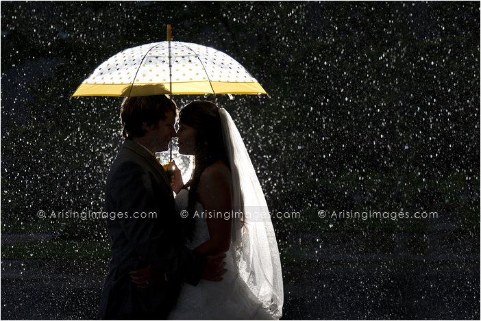 best rain umbrella wedding picture