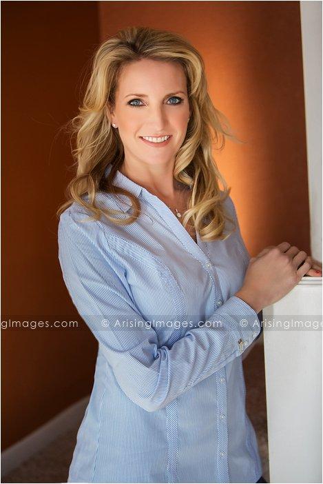 business headshot photographer in michigan