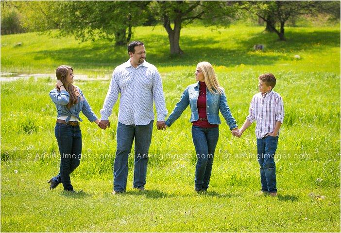 michigan family photos on a farm