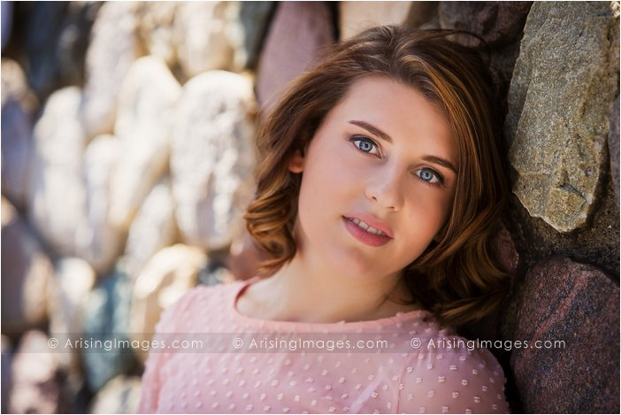 senior pictures in downtown clarkston