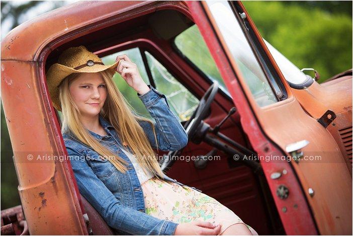 rural senior pictures in michigan