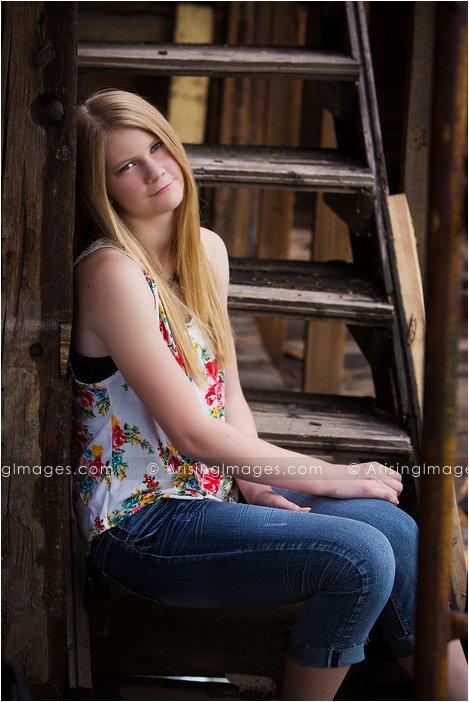 best romeo michigan senior photographer