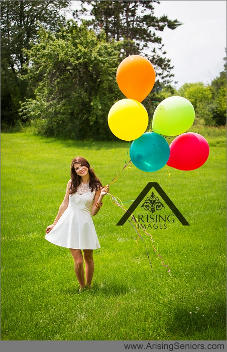 michigan senior pictures with balloons