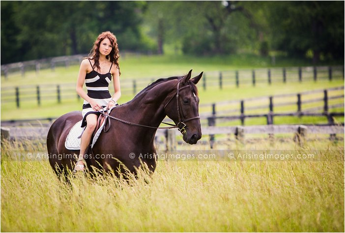 michigan horseback riding senior pictures