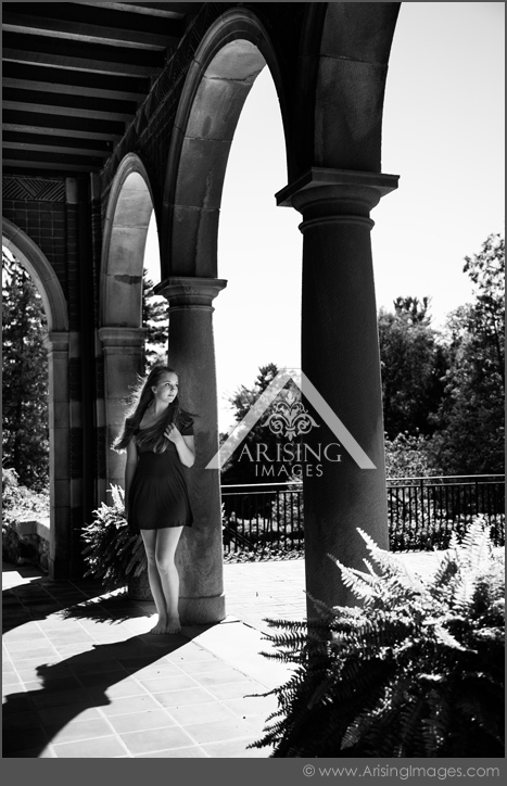 senior pictures at the cranbrook house and gardens