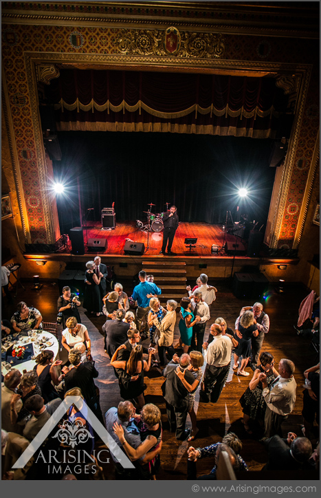 wedding photography at the gem theatre detroit
