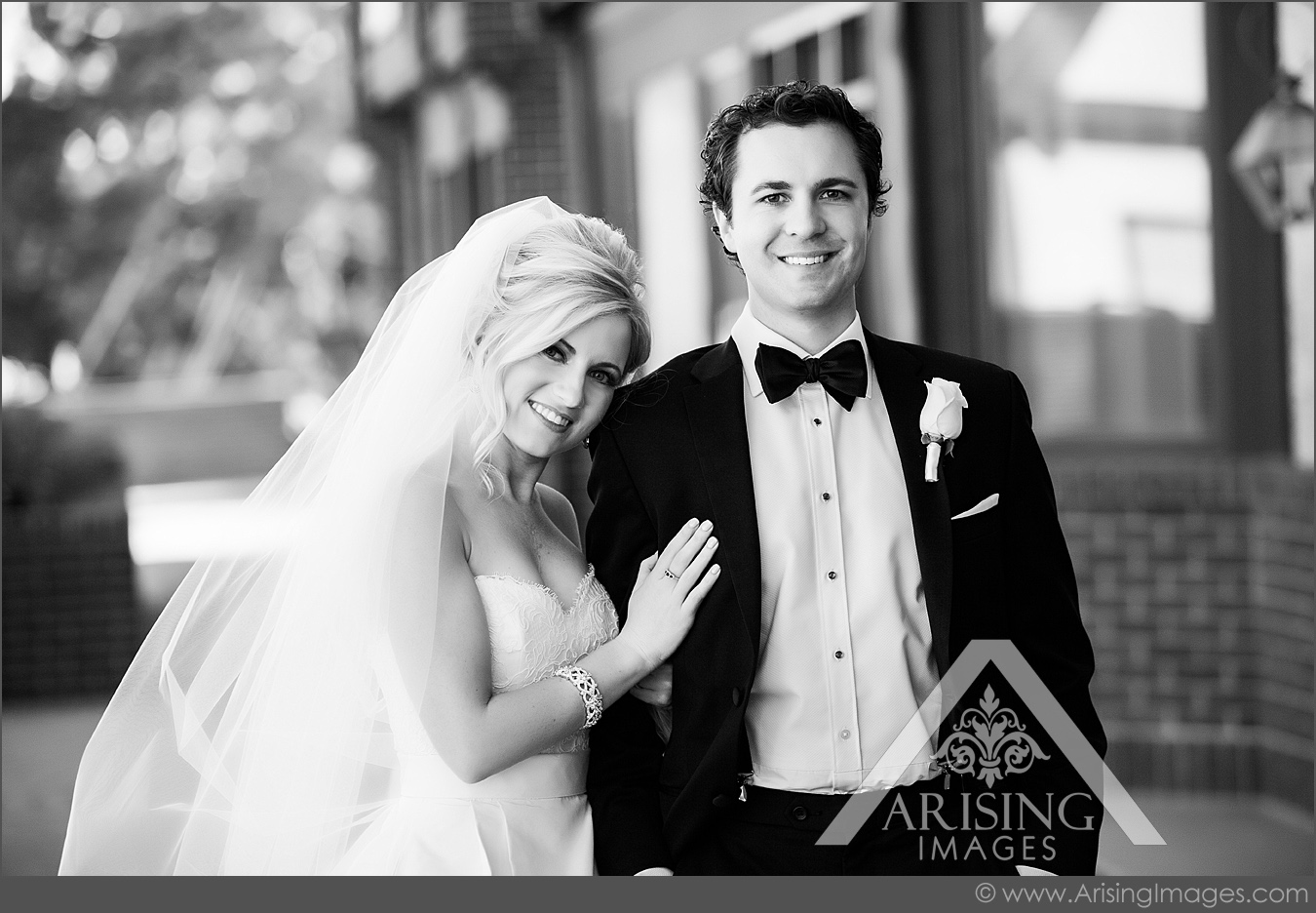 cute michigan wedding pictures