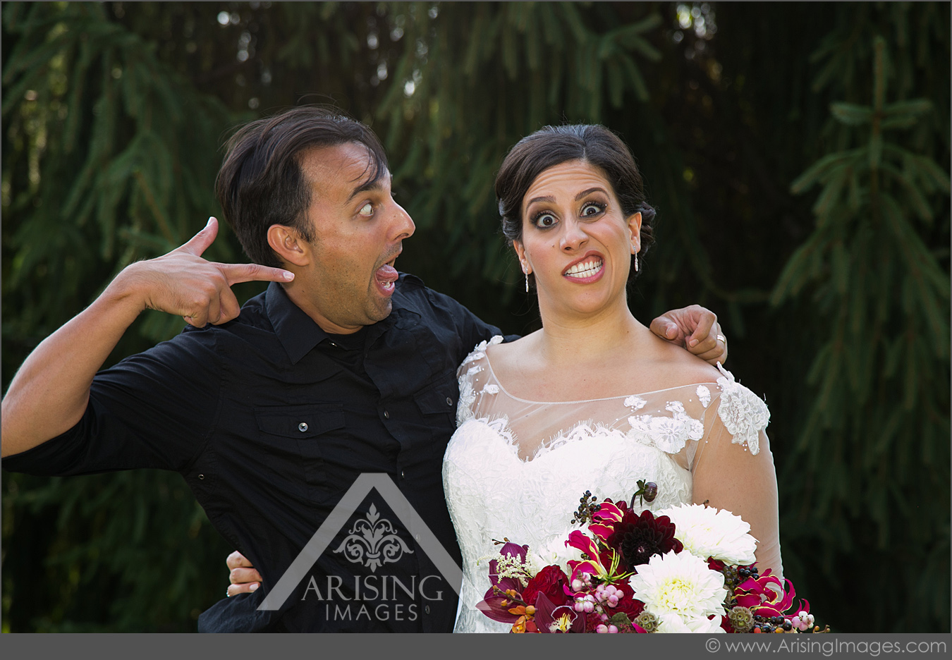fun michigan wedding photographer