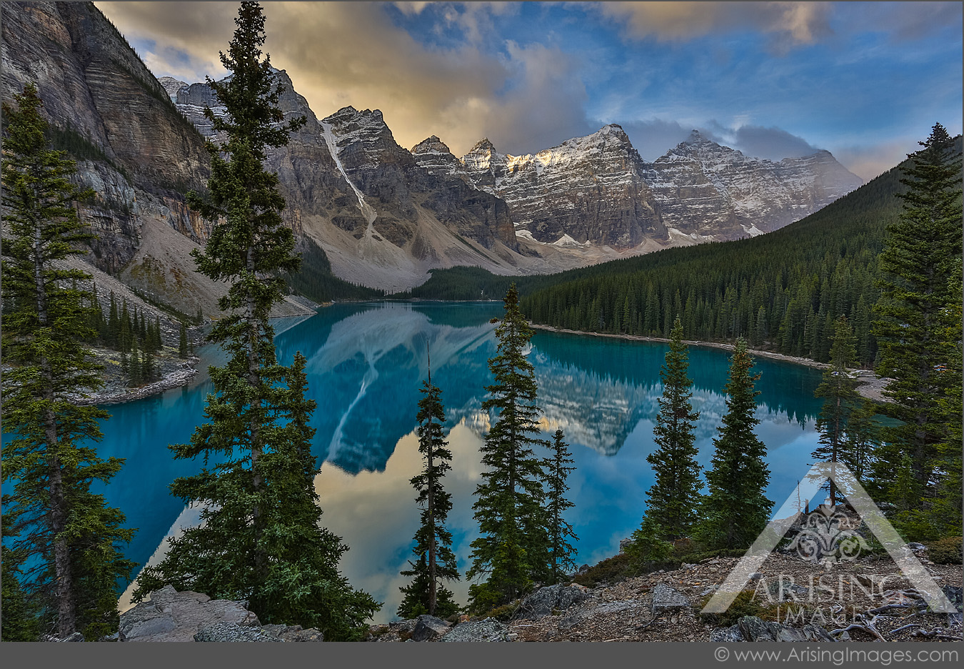 Moraine Lake morning reflection