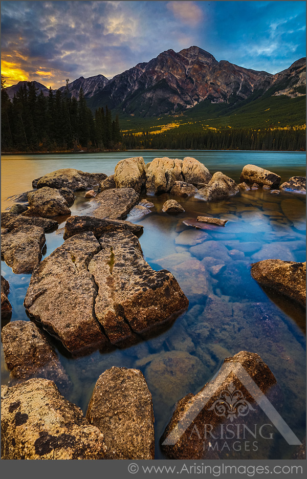 Sunset Pyramid Lake, Jasper National Park