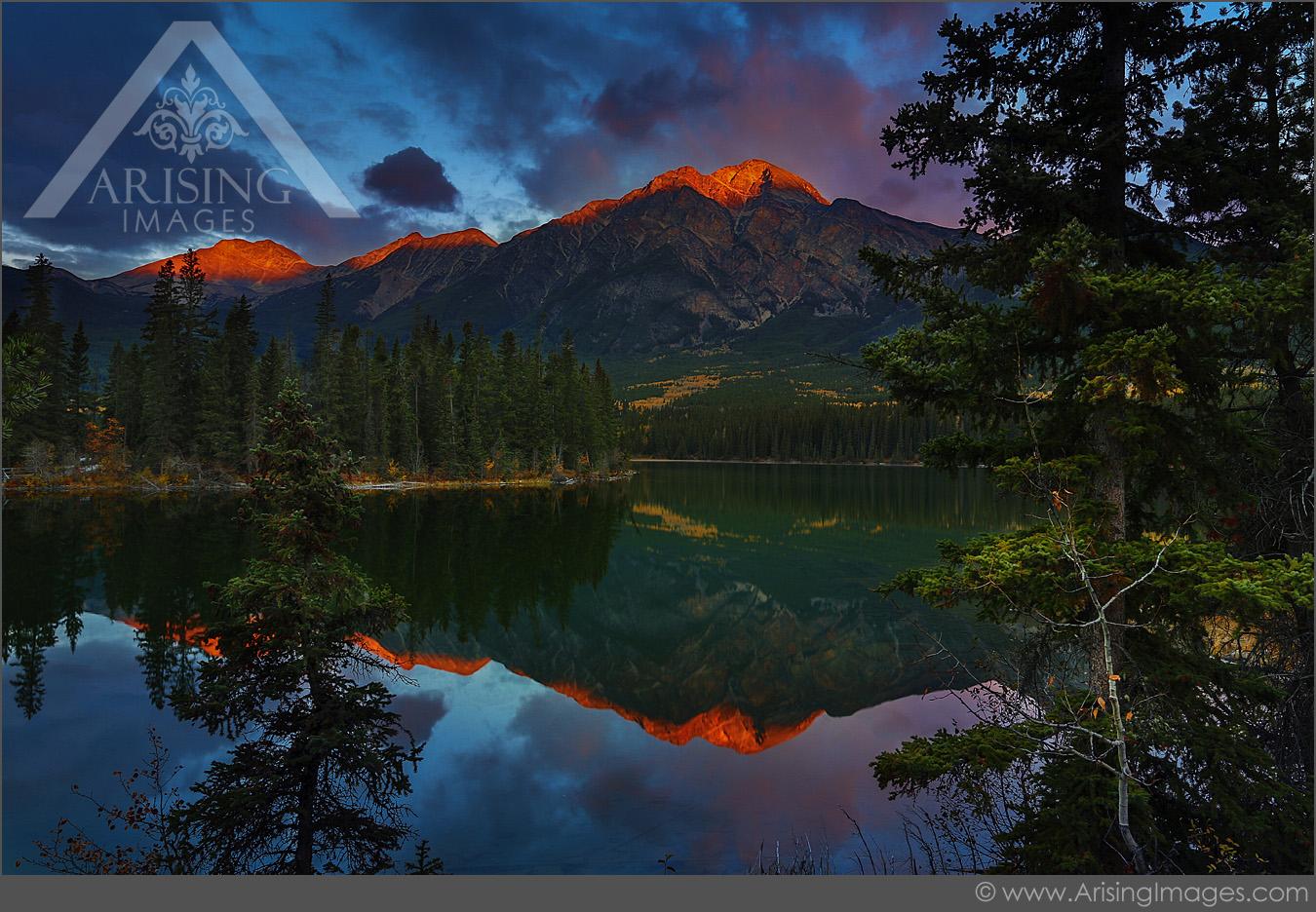 Pyramid Lake Sunrise, Jasper National Park