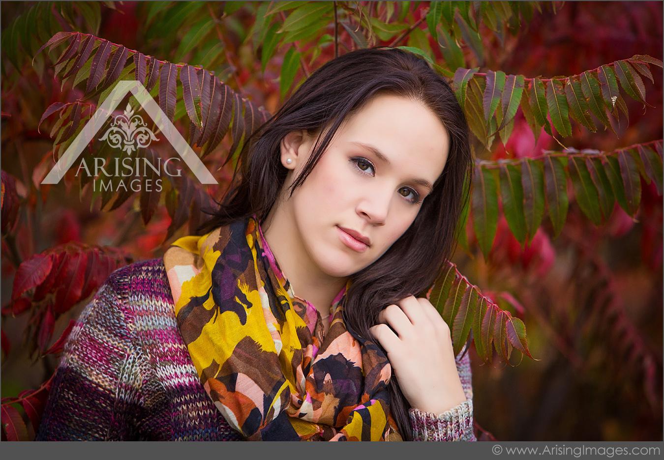 beautiful girl senior portrait in oxford michigan