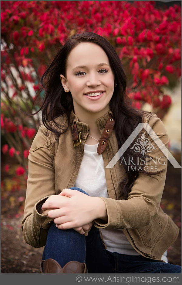 michigan fall senior pictures with girl smiling