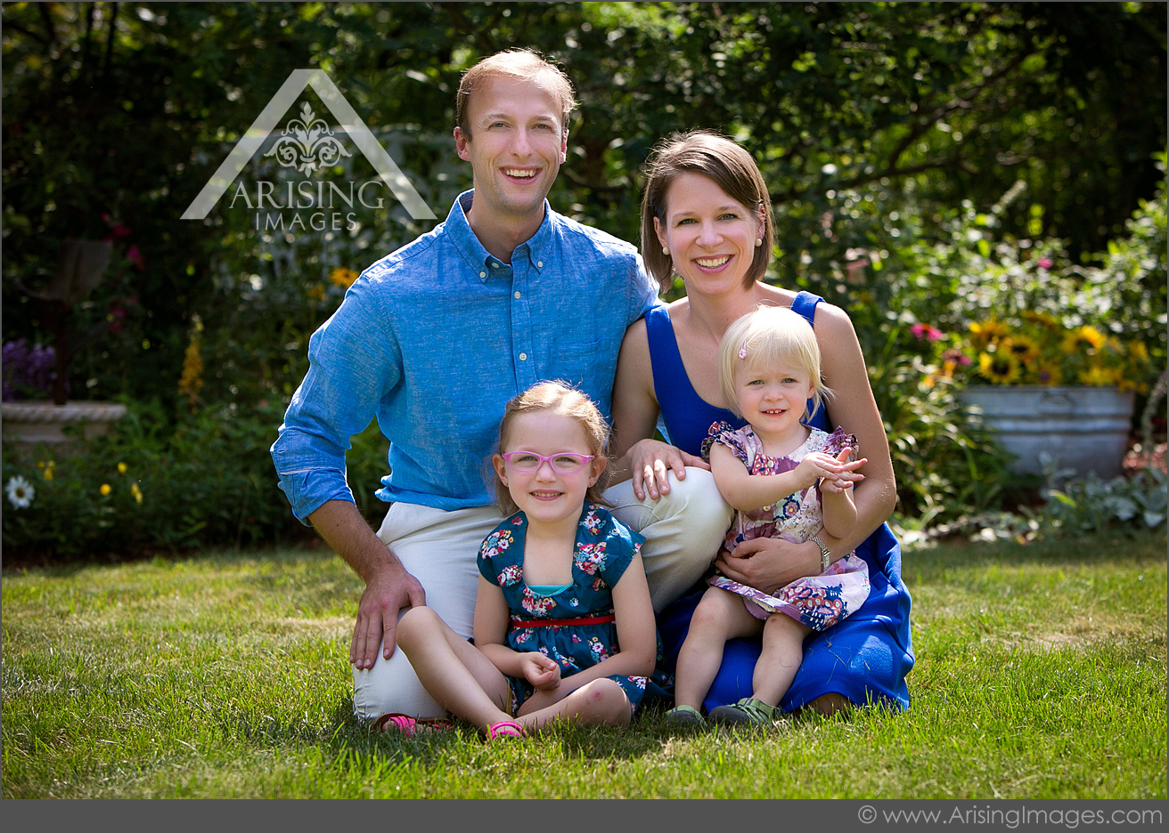 pretty young family picture in rochester michigan