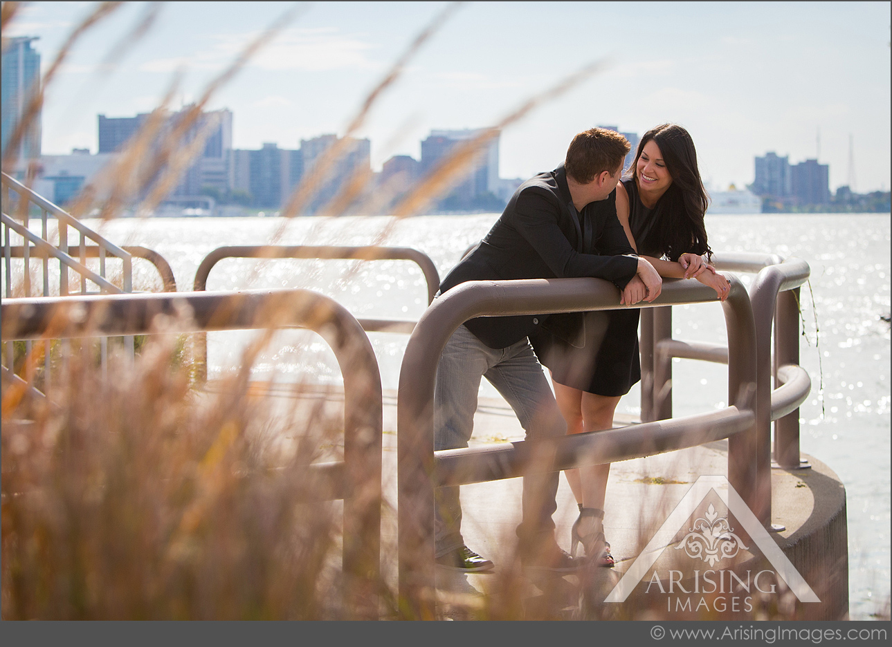 pretty michigan engagement pictures at the detroit river