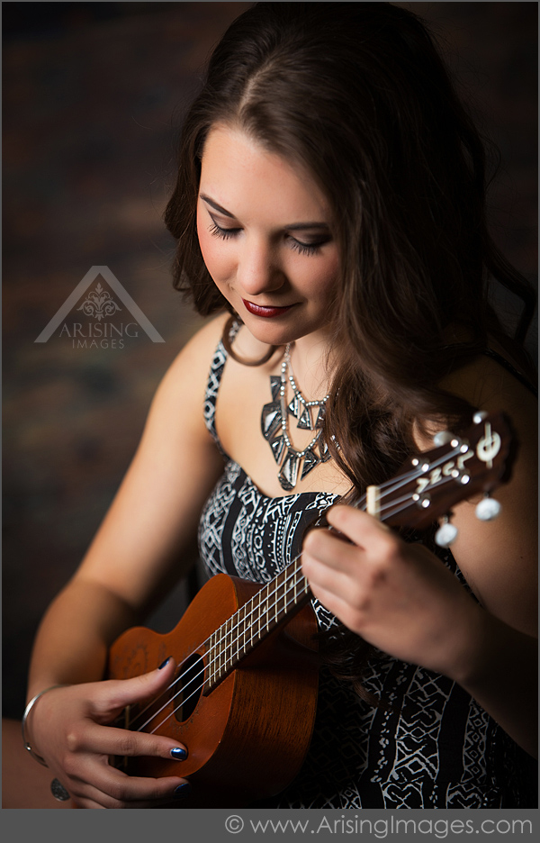 michigan senior pictures with an instrument