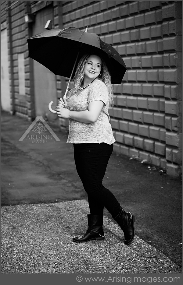 michigan senior pictures in the rain
