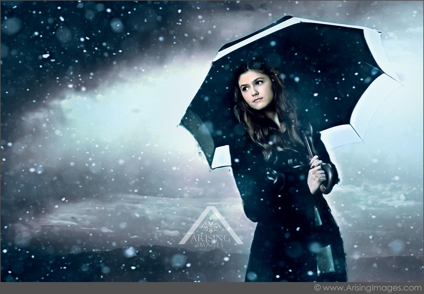 michigan cool rain senior pictures with umbrella