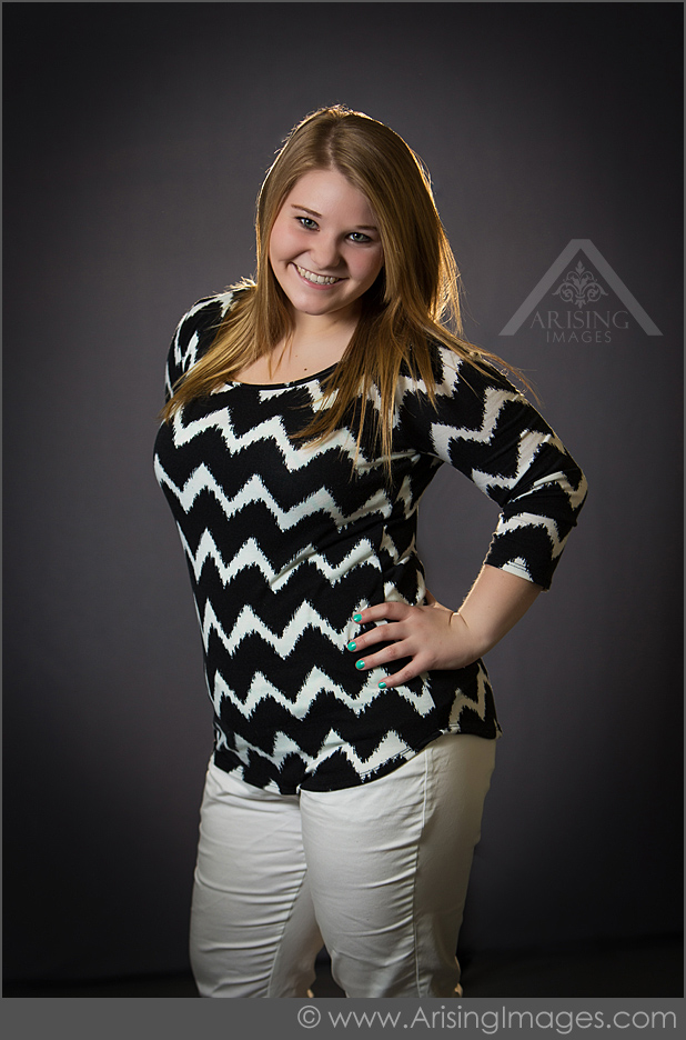 https://www.arisingimages.com/blog/images/2015/2015-06/michigan-high-school-senior-pictures-8.jpg